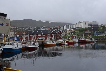 Hammerfest Hafen mit Fischerbooten