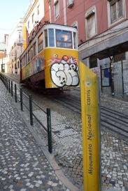 DSC_3995_Lissabon_Strassenbahn_am_Praça dos Restauradores